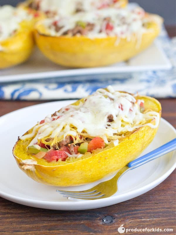 How to make Baked Spaghetti Squash topped with beef