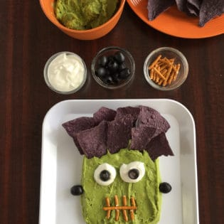 How To Make Frankenstein Guacamole