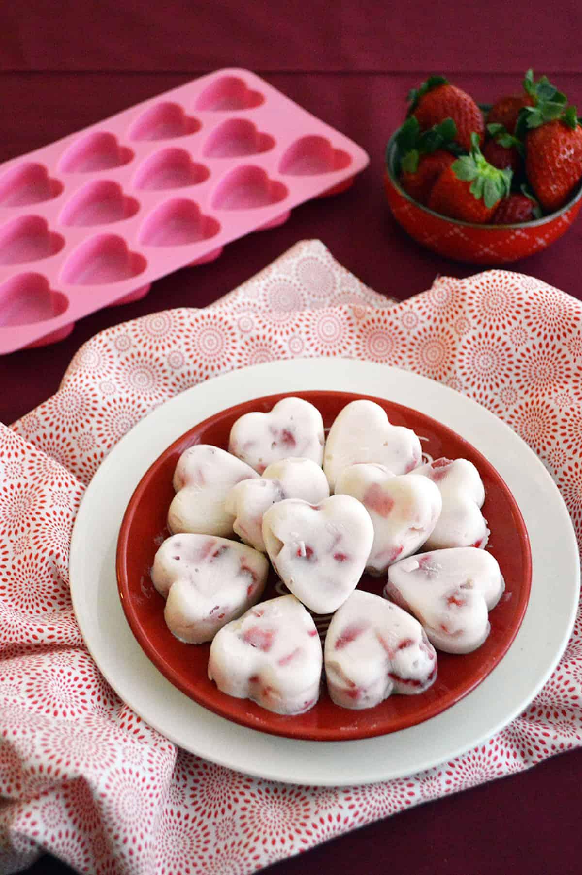 Healthy Frozen Strawberry Yogurt Bites