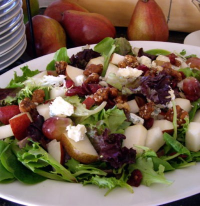 Fresh Pear and Baby Green Salad