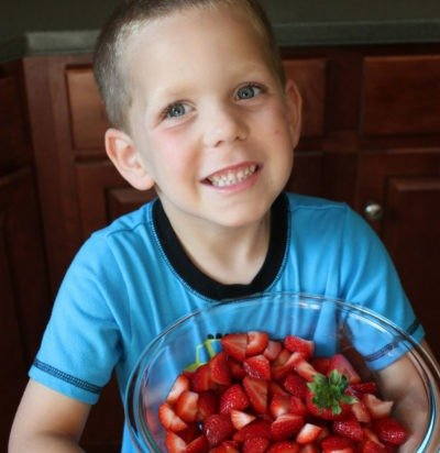 6 Ways to Get Kids to Try New Fruits & Veggies