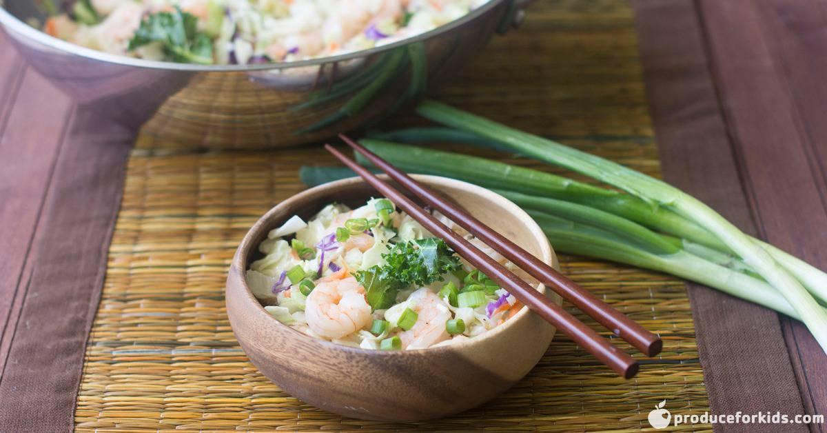shrimp egg roll in a bowl