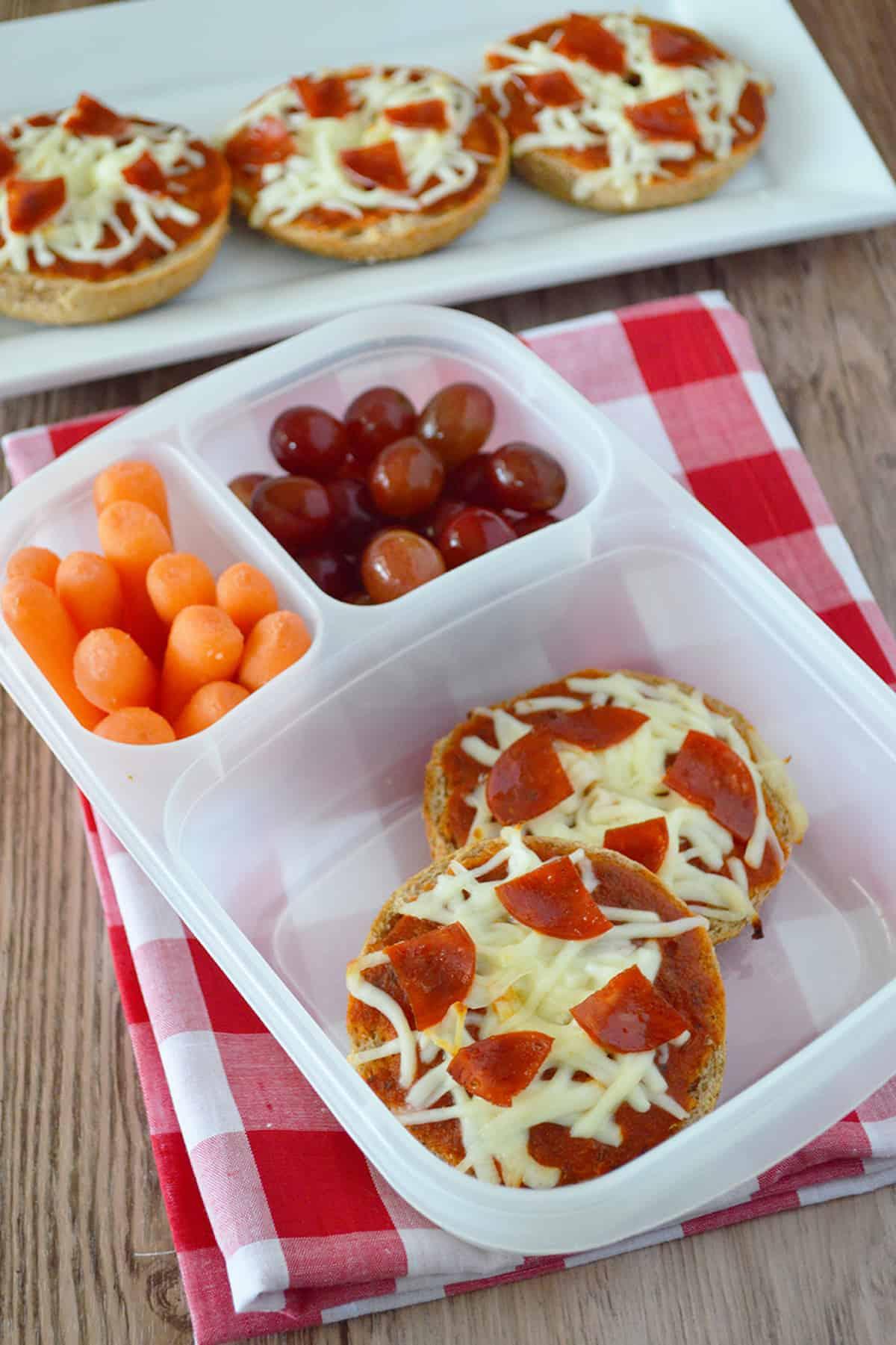 easy pizza bagel bites for lunchbox