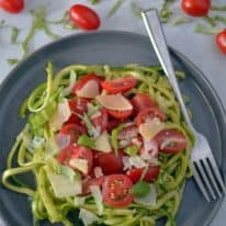 Pesto Zoodles with Tomatoes
