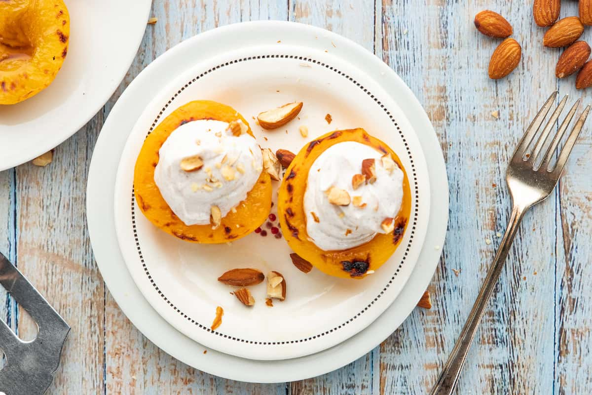 Broiled Peaches with Greek Yogurt & Almonds Feature image