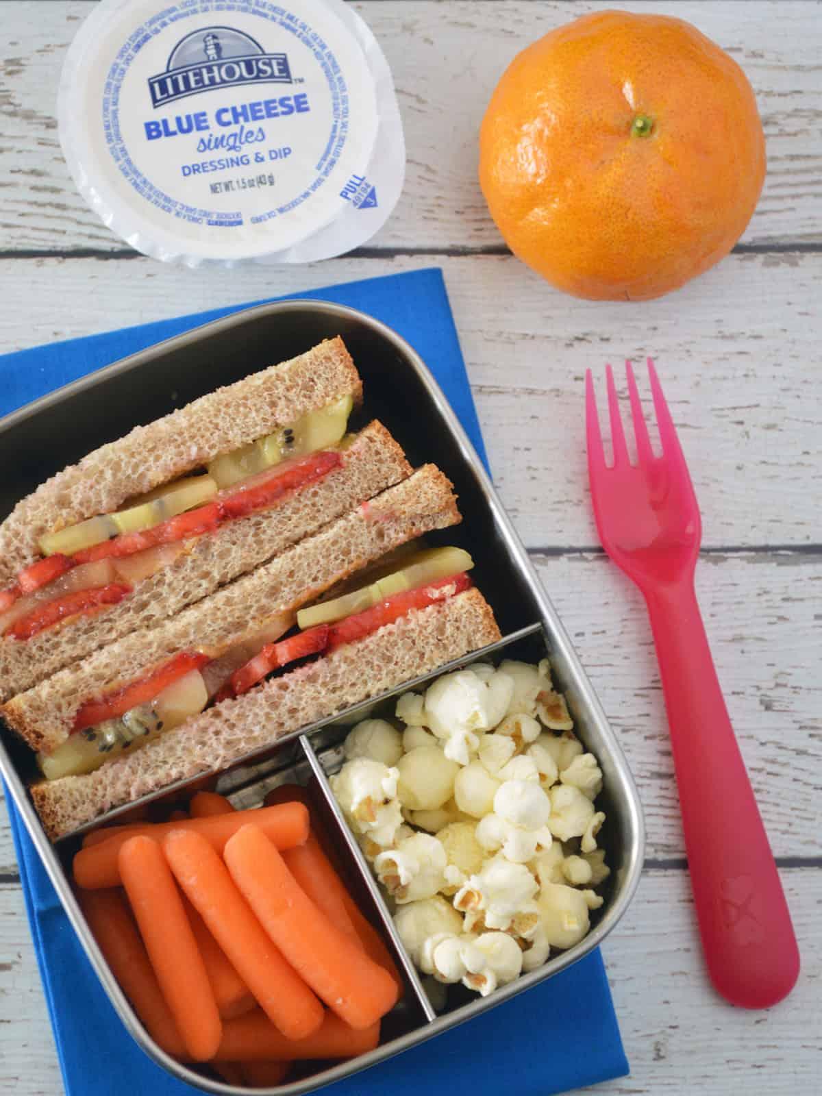 How to make a Fruity PB&J Sandwich