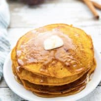 Easy Pumpkin Spice Pancakes