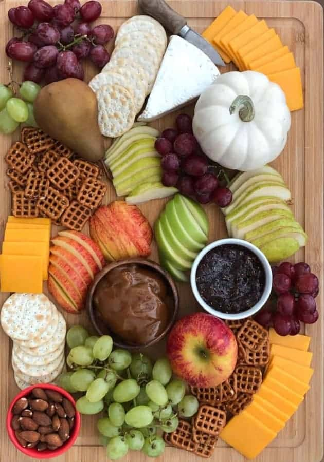 How to make a Fall Harvest Snack Board