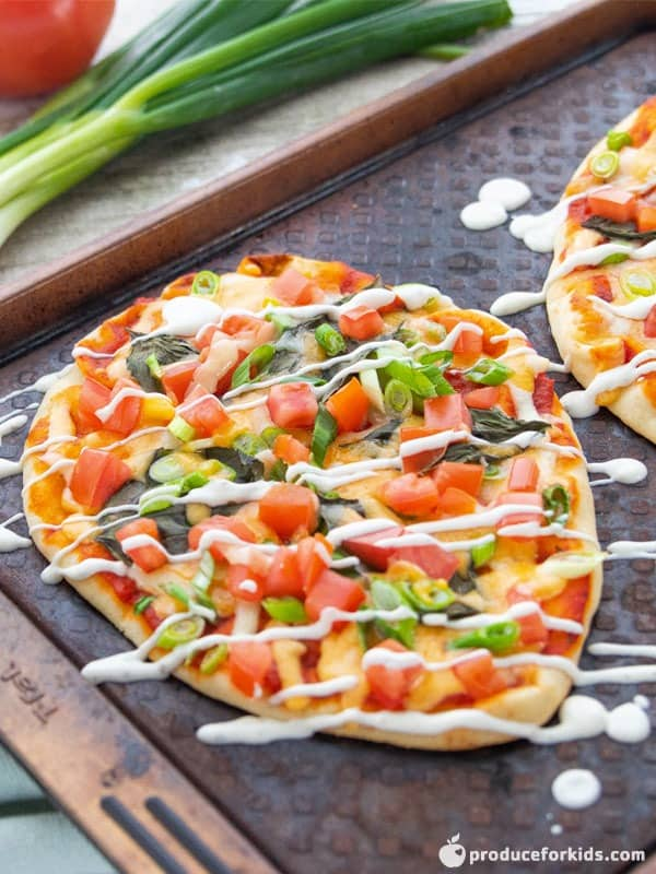 Easy Vegetarian Naan Pizzas