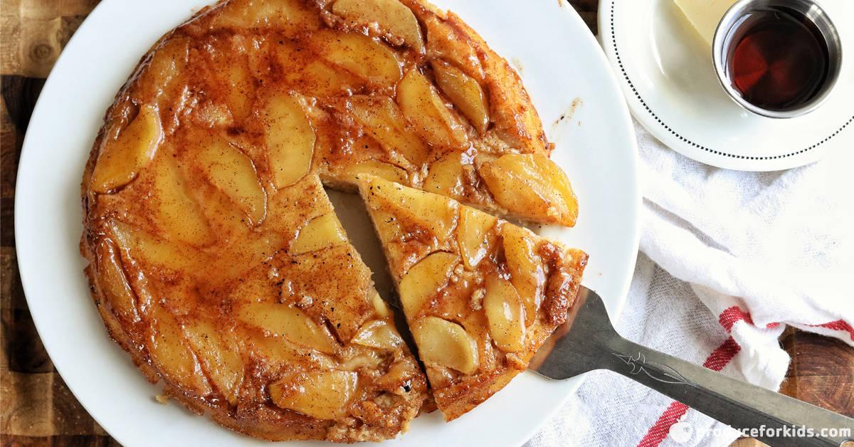 upside down apple skillet pancake