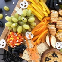 How To Make The Perfect Kid-Friendly Halloween Snack Board