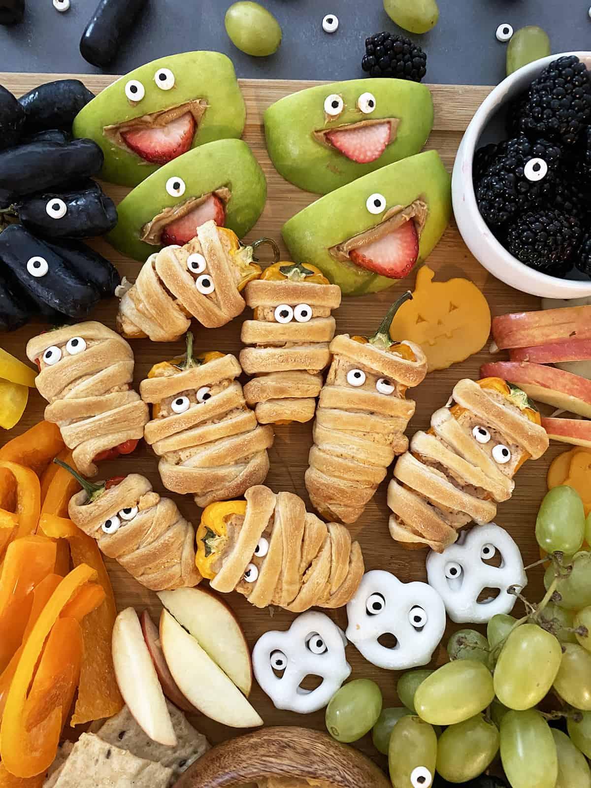Best Halloween Snack Board