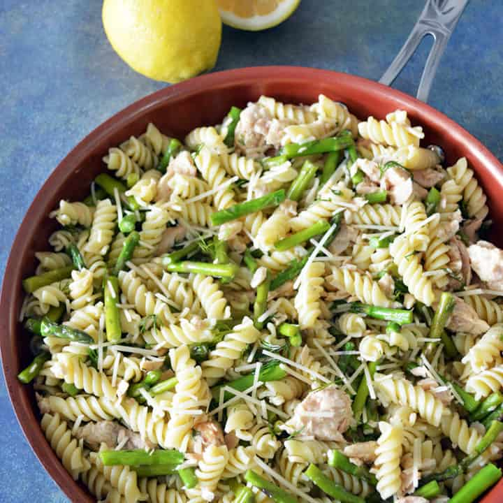 Lemon Dill Salmon Pasta with Asparagus