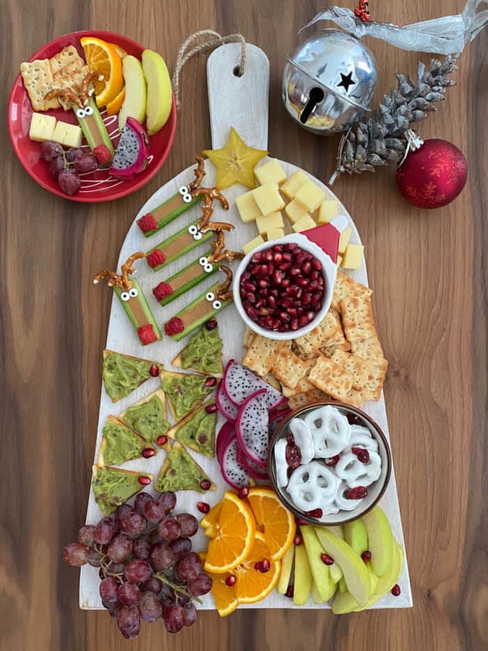 How to make a Christmas Snack and Fruit Board