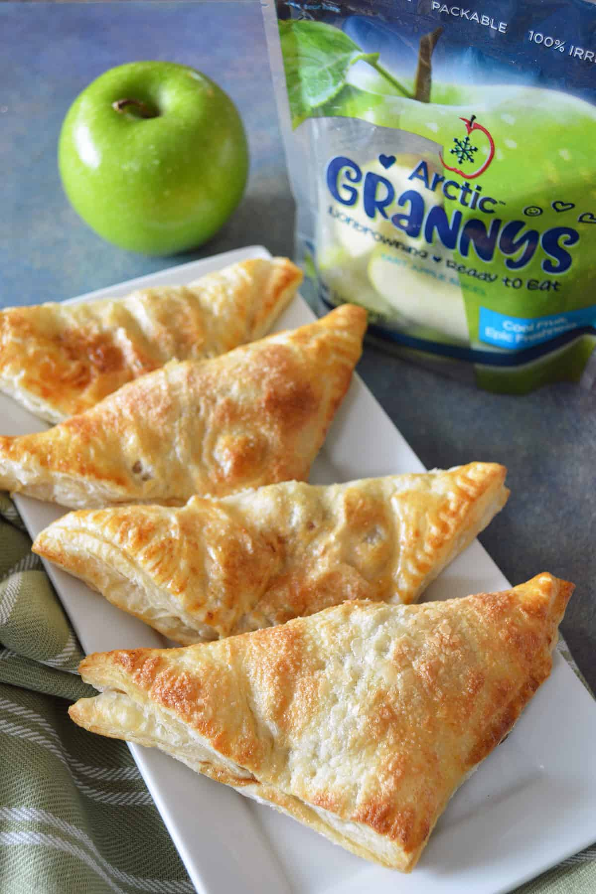 Tasty Puff Pastry Apple Turnovers