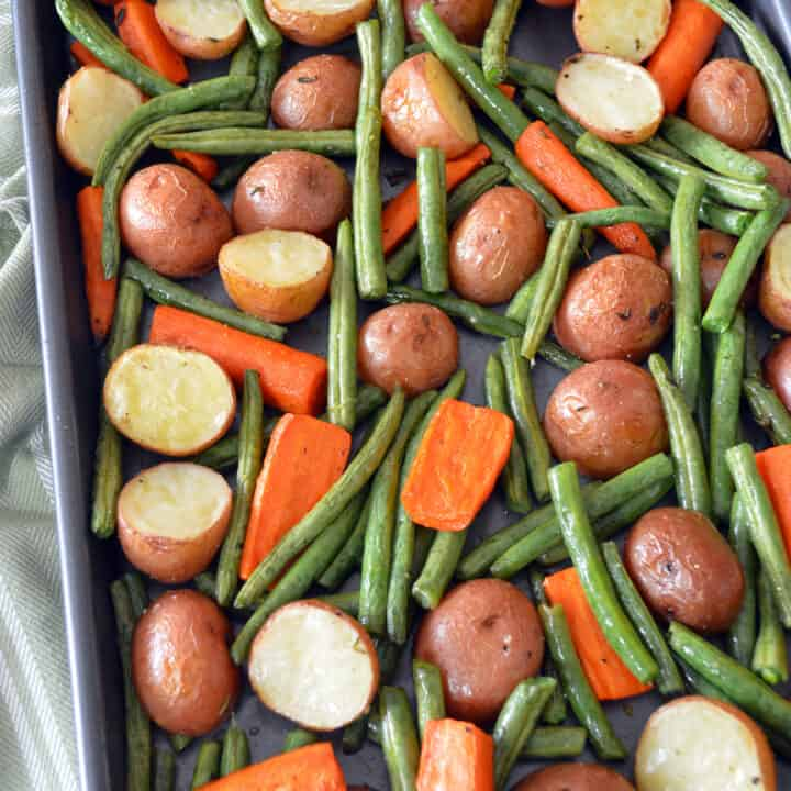 Roasted Potatoes with Green Beans and Carrots
