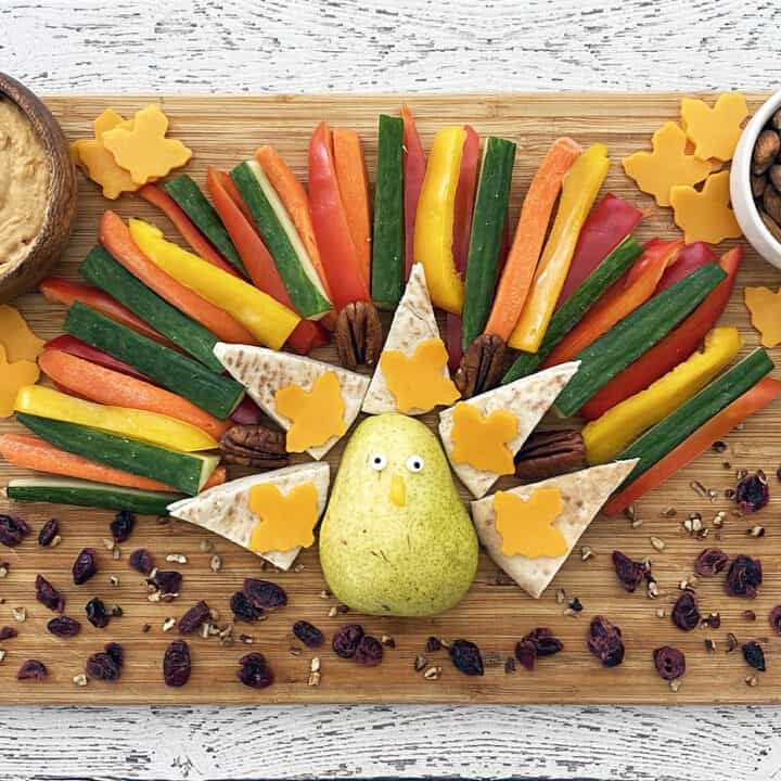 Thanksgiving Turkey Snack Board