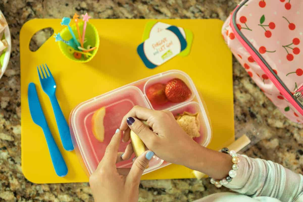 Food safety tips for packing lunches